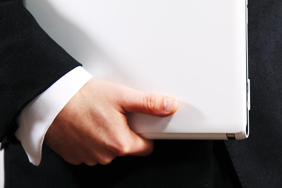وظائف متوفرة مبيعات خارجية للعمل في شركة إعلان بالبحرين