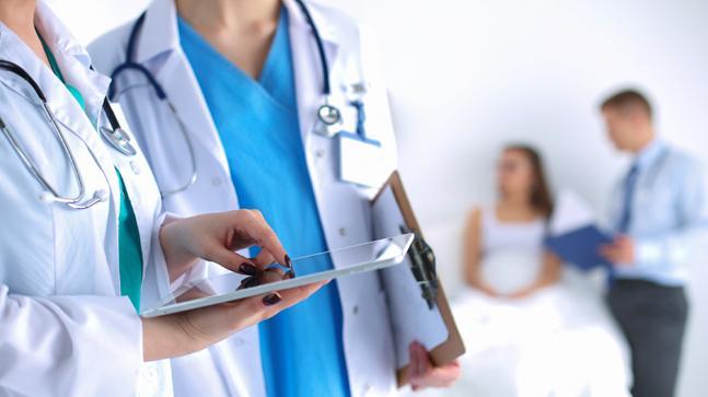 وظائف أطباء و فنيين بمركز رعاية طبية رائد بالكويت